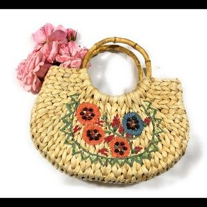 Handbags - Straw/wicker bag w/bamboo handle w/removable pouch